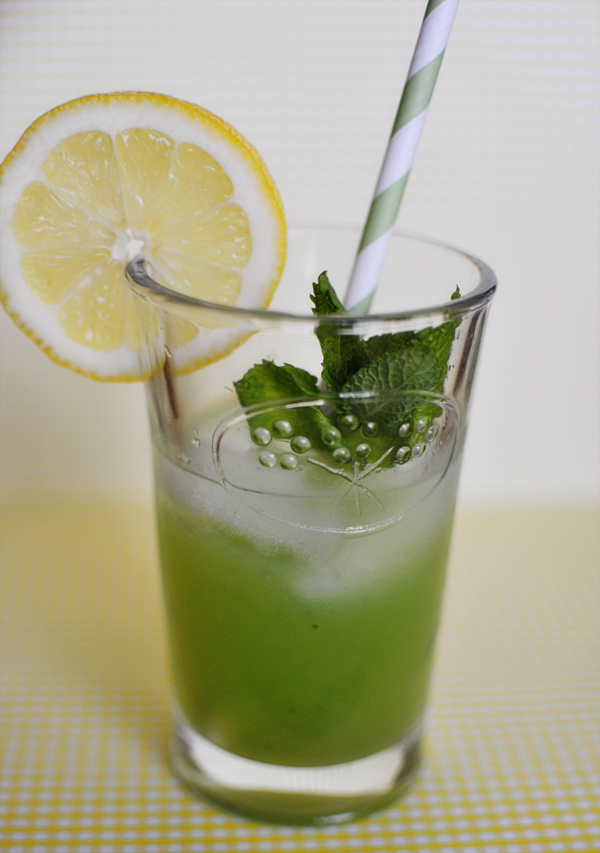 lemonade mint lemonade recipe martha stewart weddings mint lemonade ...